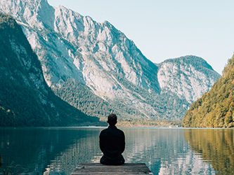 8 Ways To Practice Mindfulness During A Busy Day